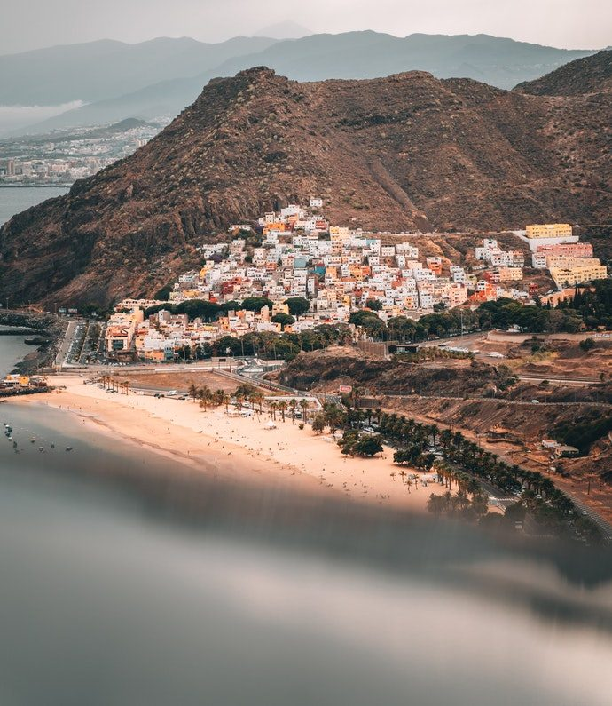 moving-to-tenerife_tenerife-remote-worker